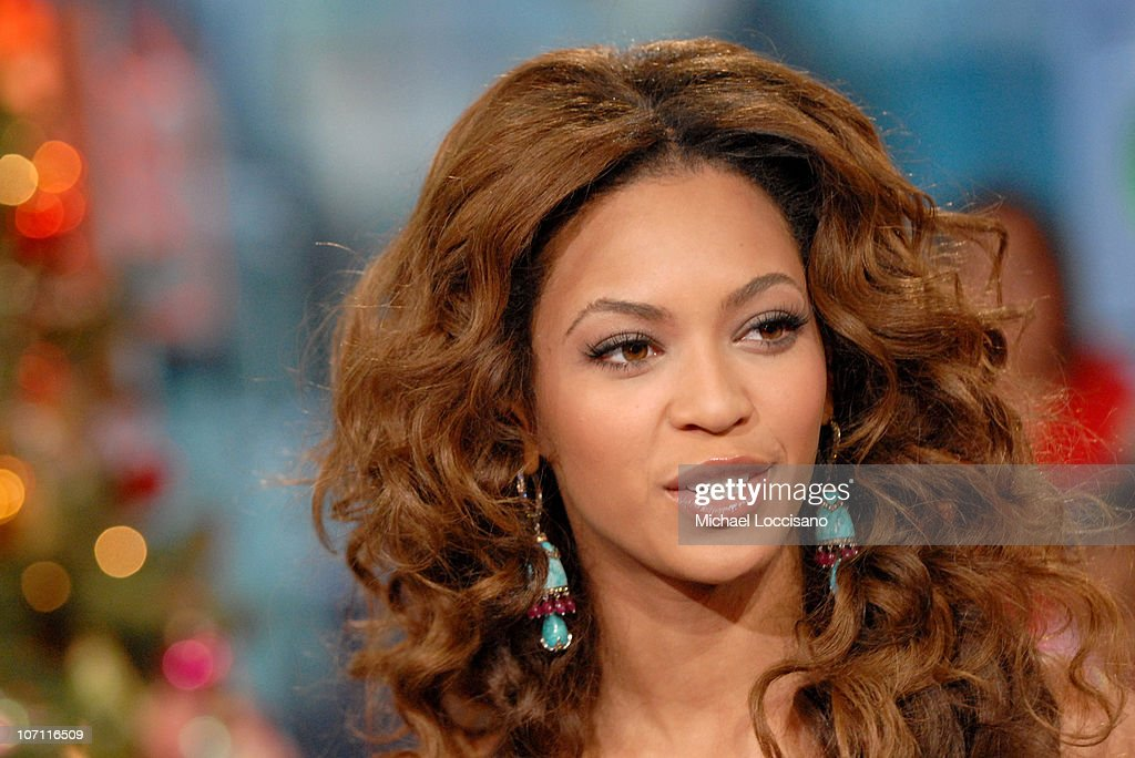 <a gi-track='captionPersonalityLinkClicked' href=/galleries/search?phrase=Beyonce+Knowles&family=editorial&specificpeople=171204 ng-click='$event.stopPropagation()'>Beyonce Knowles</a> during Beyonce, Chris Brown, Bow Wow and Fall Out Boy Visit MTV's 'TRL' - December 19, 2006 at MTV Studios - Times Square in New York, New York, United States.