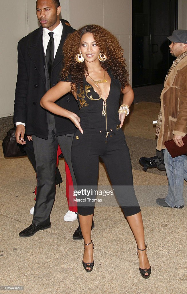 Beyonce Knowles during Beyonce Departs MTV's 'TRL' February 28 2007 at Outside MTV Studios in New York City New York United States