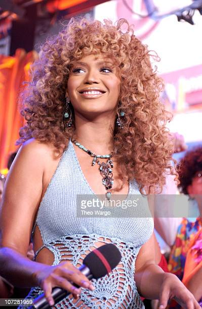 Beyonce Knowles during Mike Myers and Beyonce Knowles Visit MTV's 'TRL' to promote 'Austin Powers in Goldmember' July 26 2002 at MTV Studios Times...