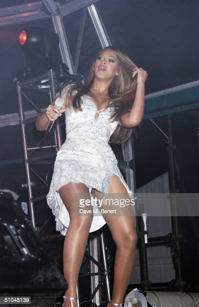 Beyonce Knowles performs at 'La Dolce Vita' charity dinner and concert part of the Grand Prix Weekend at Stowe House on July 10 2004 in Buckingham...