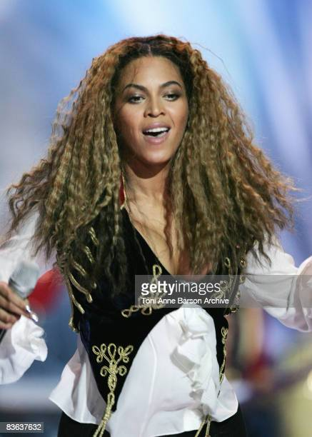Beyonce Knowles performs at the World Music Awards 2008 at the Monte Carlo Sporting Club on November 9 2008 in Monte Carlo Monaco