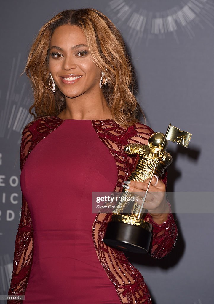 Beyonce Knowles poses in the press room during the 2014 MTV Video Music Awards at The Forum on August 24, 2014 in Inglewood, California.