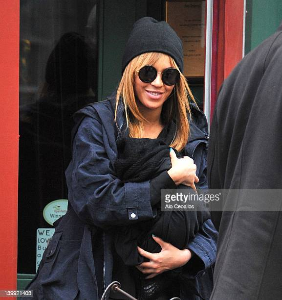 Beyonce Knowles seen at Sant Ambroeus on February 25 2012 in New York City
