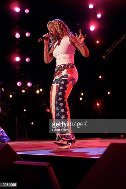Beyonce of Destiny's Child onstage performing at the United We Stand What More Can I Give Concert a music benefit in the Nation's Capital to raise...