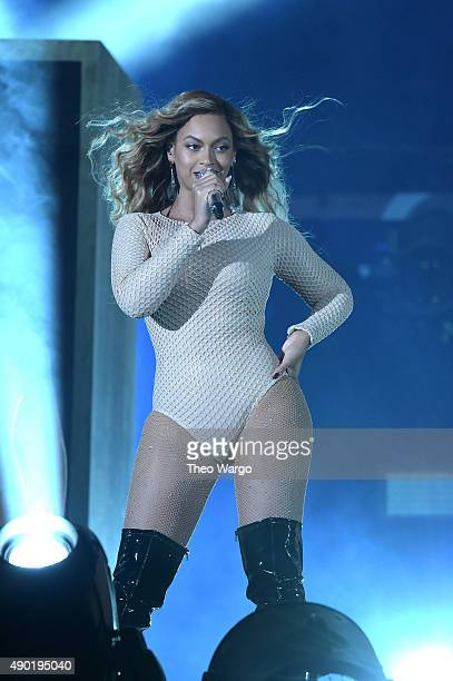 Beyonce performs onstage during 2015 Global Citizen Festival to end extreme poverty by 2030 in Central Park on September 26 2015 in New York City