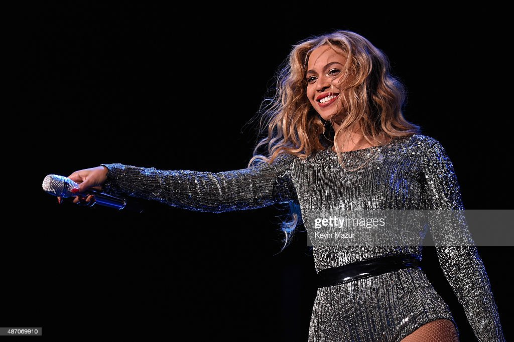 Beyonce performs onstage during the 2015 Budweiser Made in America Festival at Benjamin Franklin Parkway on September 5, 2015 in Philadelphia, Pennsylvania.