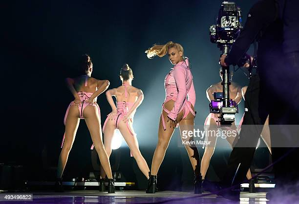Beyonce performs onstage during TIDAL X 1020 Amplified by HTC at Barclays Center of Brooklyn on October 20 2015 in New York City
