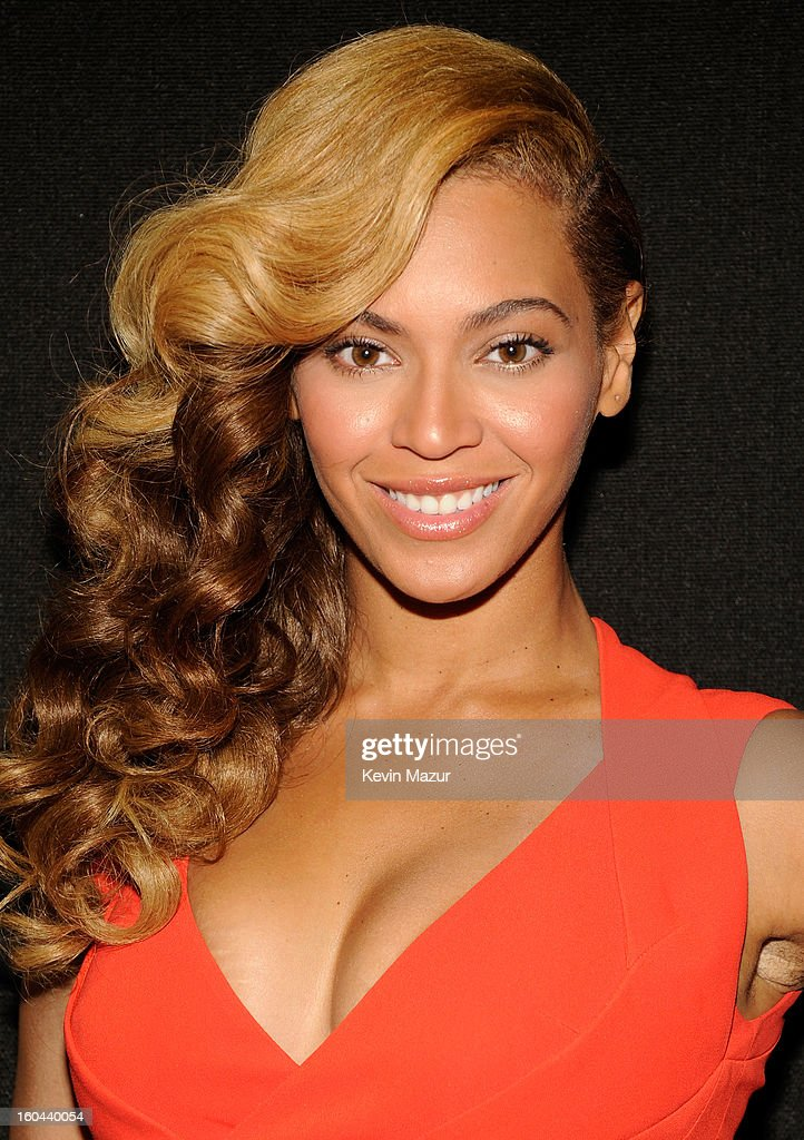 Beyonce poses backstage at the Pepsi Super Bowl XLVII Halftime Show Press Conference at the Ernest N. Morial Convention Center on January 31, 2013 in New Orleans, Louisiana.