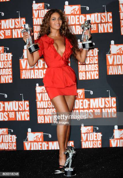 Beyonce with the Video of the Year Best Choreography and Best Editing awards at the 2009 MTV Video Music Awards held at the Radio City Music Hall in...