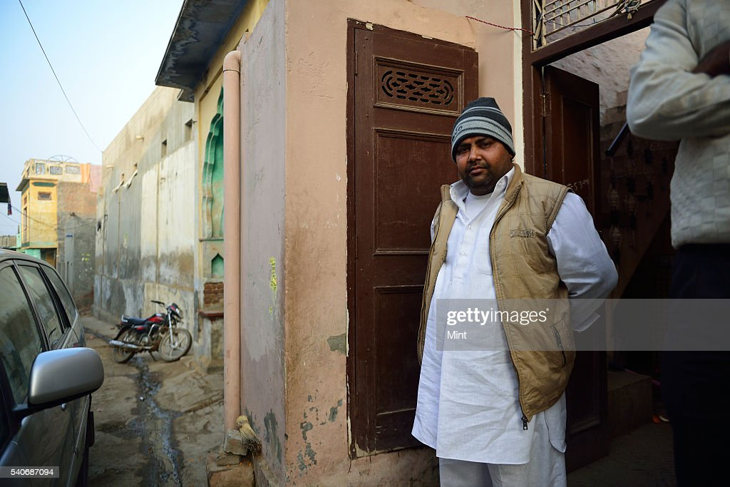 Bhupendra brotherinlaw of newly elected Sarpanch Sudesh of Bhatla village on January 22 2016 in Hisar India Sudesh who belongs to the Jat community...