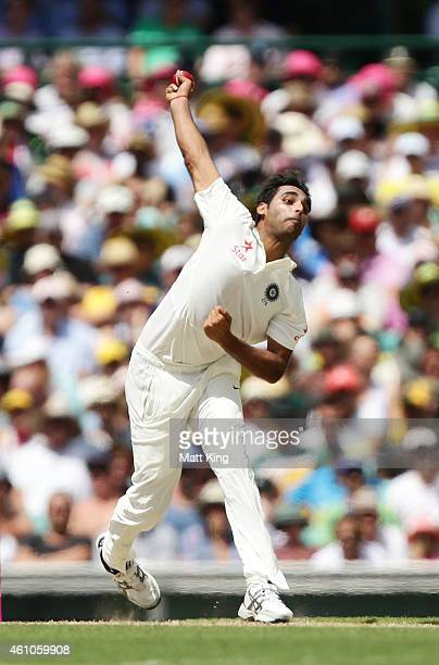 Bhuvneshwar Kumar of India bowls during day one of the Fourth Test match between Australia and India at Sydney Cricket Ground on January 6 2015 in...