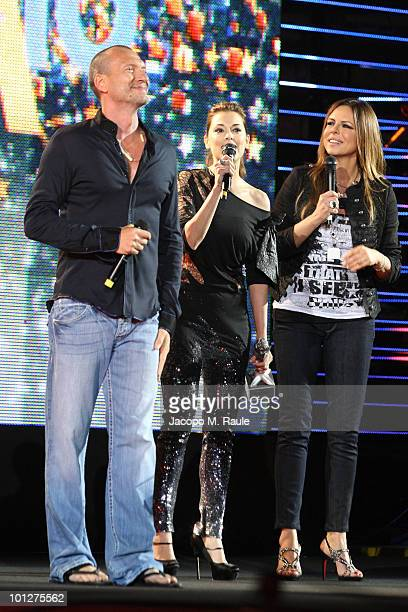 Biagio Antonacci Giorgia Surina Paola Perego attend the 2010 Wind Music Awards on May 29 2010 in Verona Italy