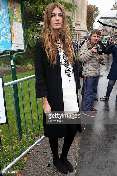 Bianca Brandolini arrives at the Giambattista Valli show as part of the Paris Fashion Week Womenswear Spring/Summer 2016 on October 5 2015 in Paris...