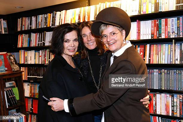 Bianca Jagger Princess Alessandra Borghese and Princess Gloria Von Thurn und Taxis attend Princess Gloria Von Thurn und Taxis signs her Book 'The...