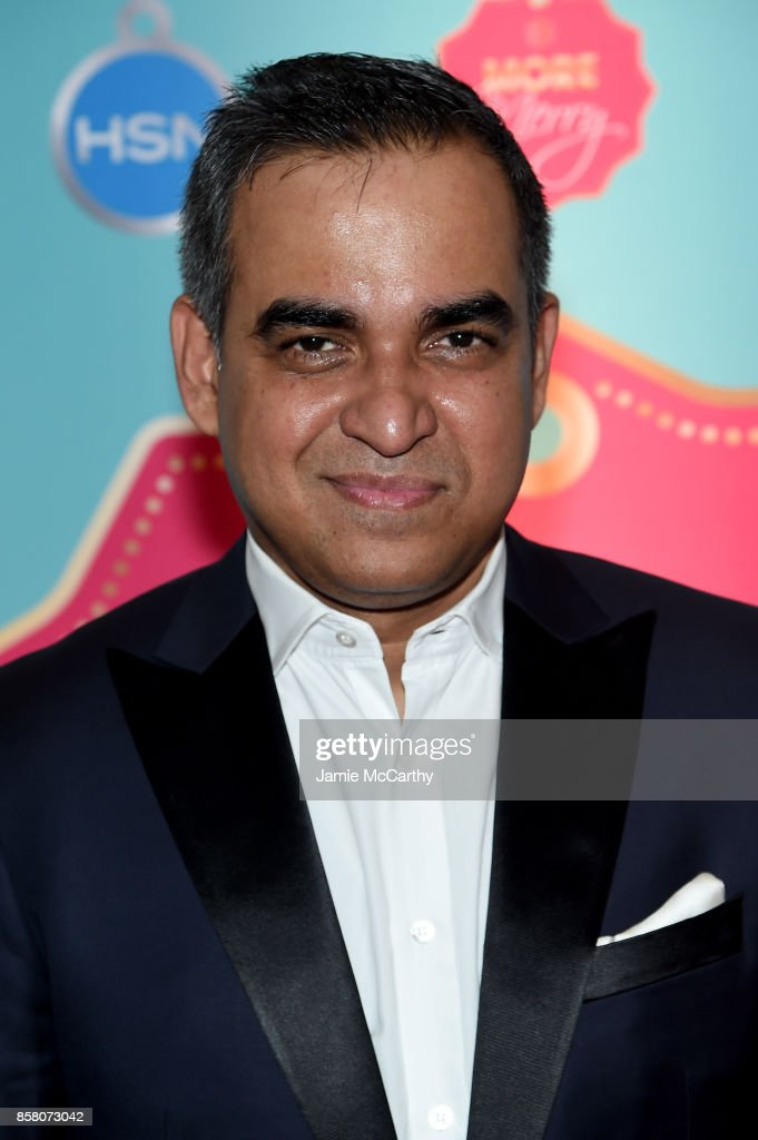 Bibhu Mohapatra attends the HSN 2017 Holiday Cocktail Party at KOLA House on October 5, 2017 in New York City.