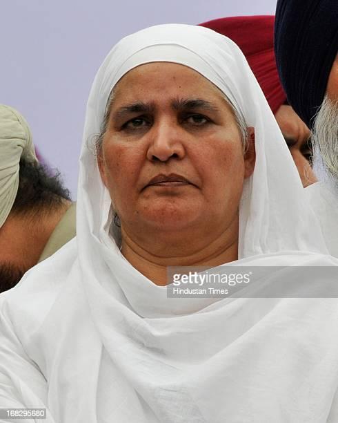 Bibi Jagir Kaur during the dharna protest against the acquittal of Congress politician Sajjan Kumar at Jantar Mantar on May 8 2013 in New Delhi India...