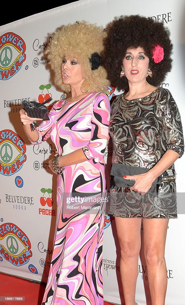 Bibiana Fernandez (L) and <a gi-track='captionPersonalityLinkClicked' href=/galleries/search?phrase=Rossy+de+Palma&family=editorial&specificpeople=624132 ng-click='$event.stopPropagation()'>Rossy de Palma</a> attend the Flower Power Pacha Party 2013 at the Carpe Diem club on April 18, 2013 in Barcelona, Spain.