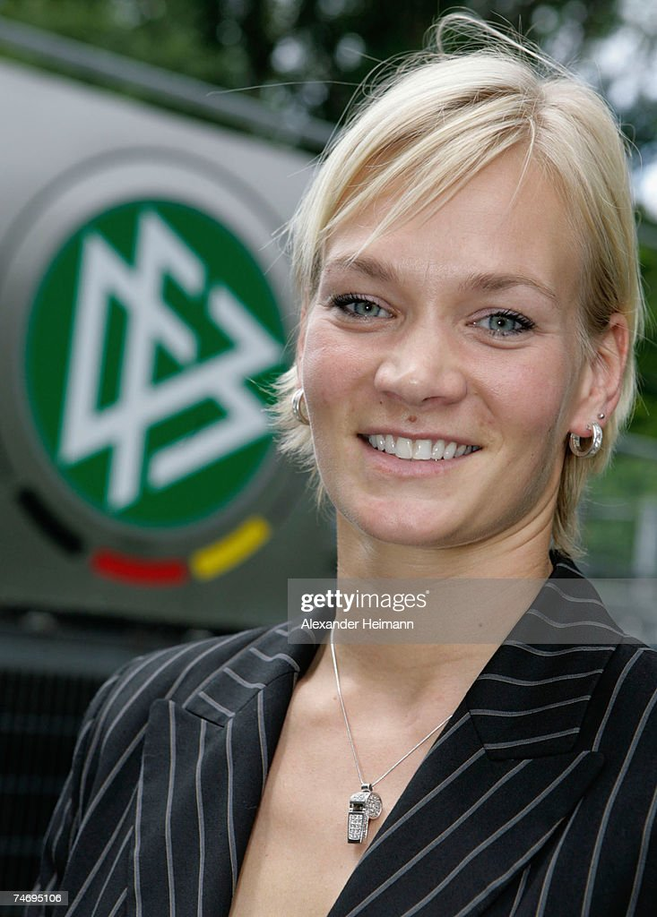 The 38-year old daughter of father (?) and mother(?), 168 cm tall Bibiane Steinhaus in 2017 photo