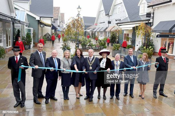 Bicester Village Business Director Andrew Marshall Leader of Oxfordshire County Council Councillor Ian Hudspeth Bicester Village Community Relations...