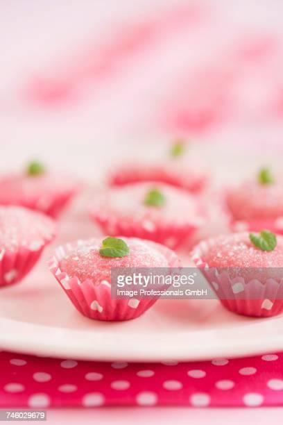 Bicho-de-p_ (Brazilian strawberry sweets made with condensed milk)