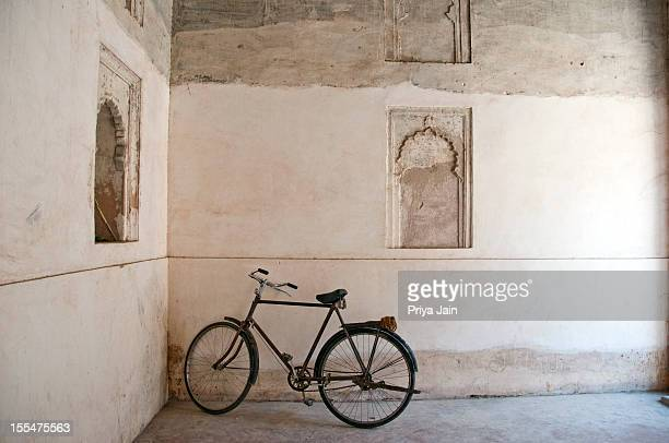 Bicycle at Orchha palace