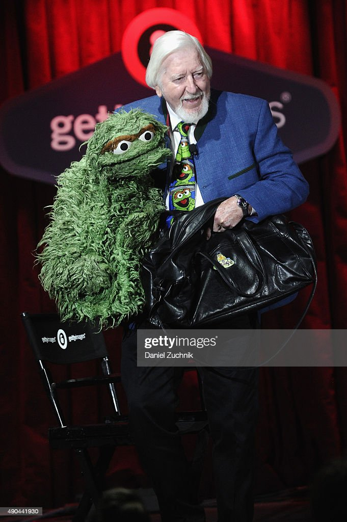 Big Bird & Oscar the Grouch of Sesame Street's <a gi-track='captionPersonalityLinkClicked' href=/galleries/search?phrase=Caroll+Spinney&family=editorial&specificpeople=653956 ng-click='$event.stopPropagation()'>Caroll Spinney</a> speaks onstage at the Enduring Stories: A (Big) Bird's Eye View panel presented by DigitasLB during Advertising Week 2015 AWXII at the Getty Images Stage at B.B. King Blues Club and Grill on September 28, 2015 in New York City.