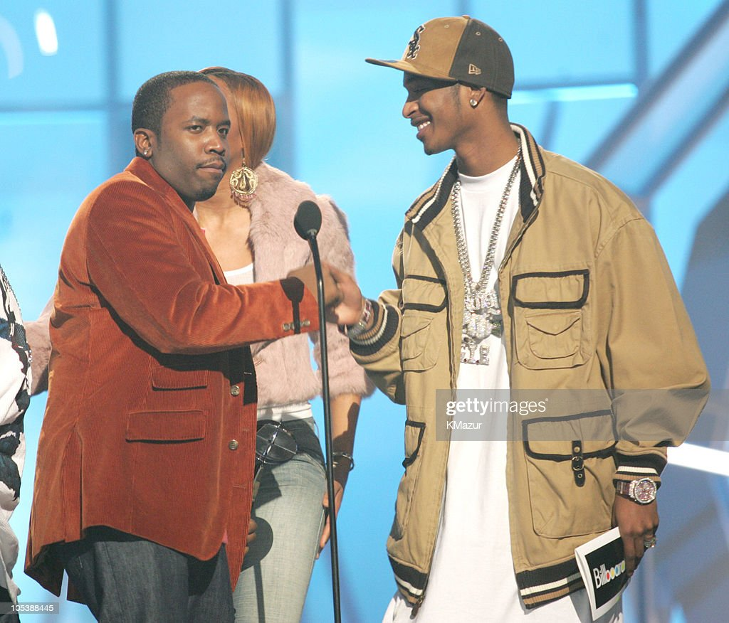 Big Boi of Outkast accepts the award for Duo/Group of the Year from presenters Ciara and Chingy