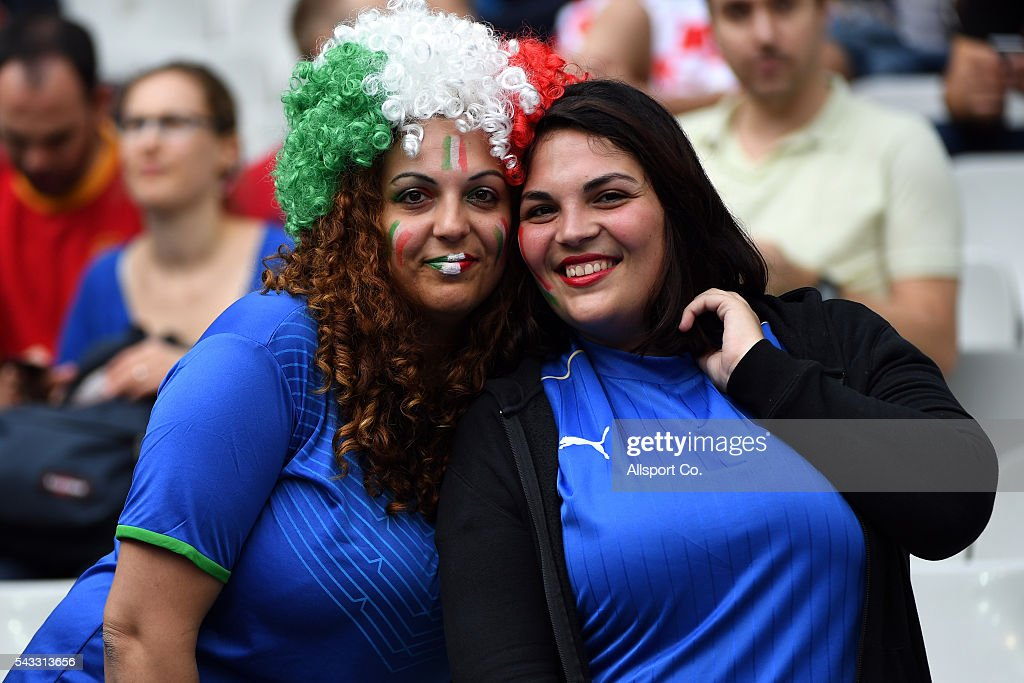 Big booty Italian fans pose during the UEFA EURO 2016 round of 16 match between Italy and Spain at Stade de France on June 27, 2016 in Paris, France.