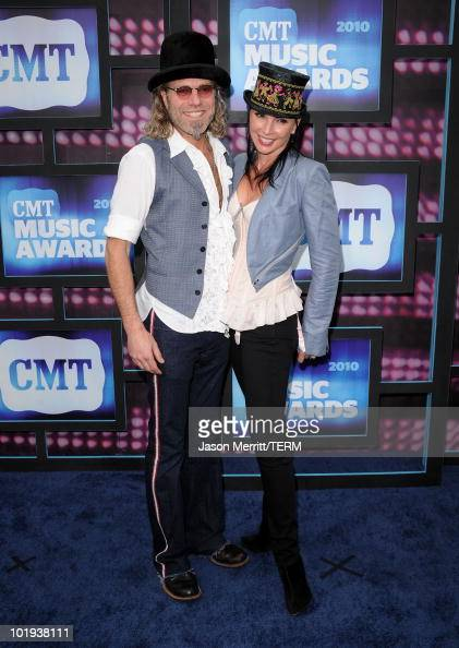 Big Kenny Alphin of Big and Rich and Christiev Alphin attend the 2010 CMT Music Awards at the Bridgestone Arena on June 9 2010 in Nashville Tennessee