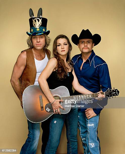 Big Kenny Gretchen Wilson and John Rich Styling by Christiev Alphin Wilson's hair and makeup by Candy Burton for MAC Cosmetics Big Rich's grooming by...