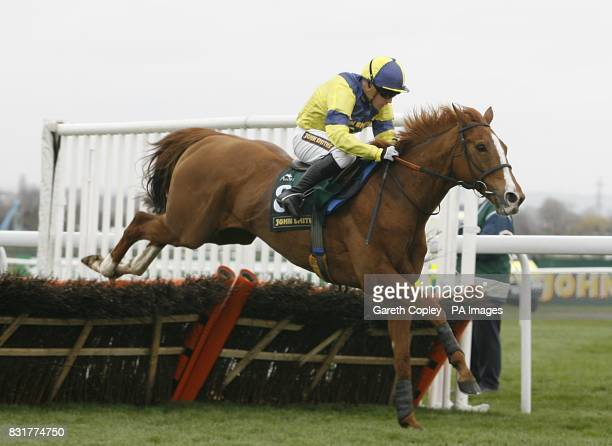 Big Moment ridden by Jim Crowley in the John Smith's and Flixton Conservative Club Liverpool Hurdle