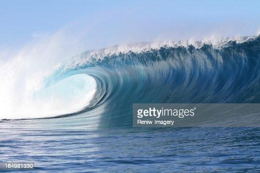 Big powerful wave