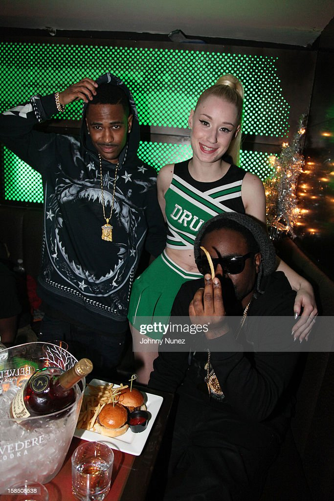 <a gi-track='captionPersonalityLinkClicked' href=/galleries/search?phrase=Big+Sean&family=editorial&specificpeople=4449582 ng-click='$event.stopPropagation()'>Big Sean</a>, <a gi-track='captionPersonalityLinkClicked' href=/galleries/search?phrase=Iggy+Azalea&family=editorial&specificpeople=8558263 ng-click='$event.stopPropagation()'>Iggy Azalea</a> and <a gi-track='captionPersonalityLinkClicked' href=/galleries/search?phrase=Wale+-+Rapper&family=editorial&specificpeople=8770277 ng-click='$event.stopPropagation()'>Wale</a> backstage at Highline Ballroom on December 17, 2012 in New York City.