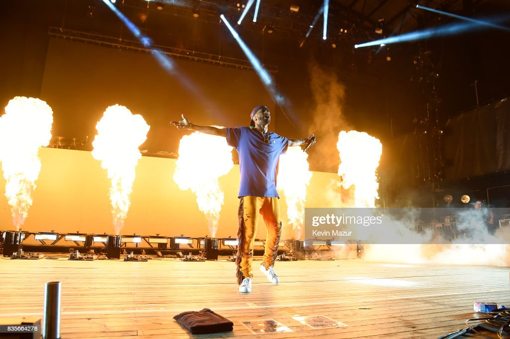 Big Sean performs during Day One of 2017 Billboard Hot 100 Festival at Northwell Health at Jones Beach Theater on August 19, 2017 in Wantagh City.