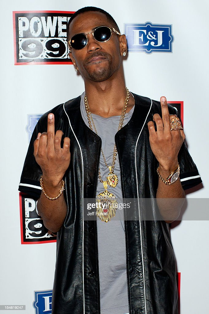<a gi-track='captionPersonalityLinkClicked' href=/galleries/search?phrase=Big+Sean&family=editorial&specificpeople=4449582 ng-click='$event.stopPropagation()'>Big Sean</a> poses at the Power 99 Powerhouse concert at the Wells Fargo Center on October 26, 2012 in Philadelphia, Pennsylvania.