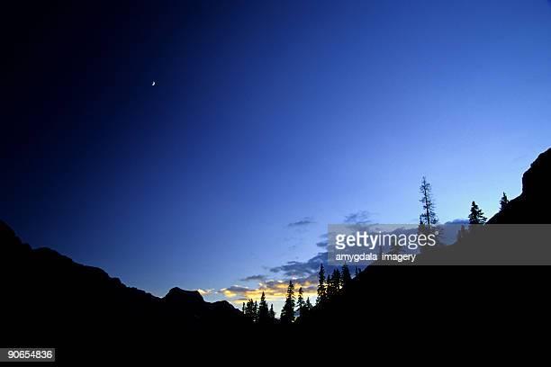 big sky silhouette landscape