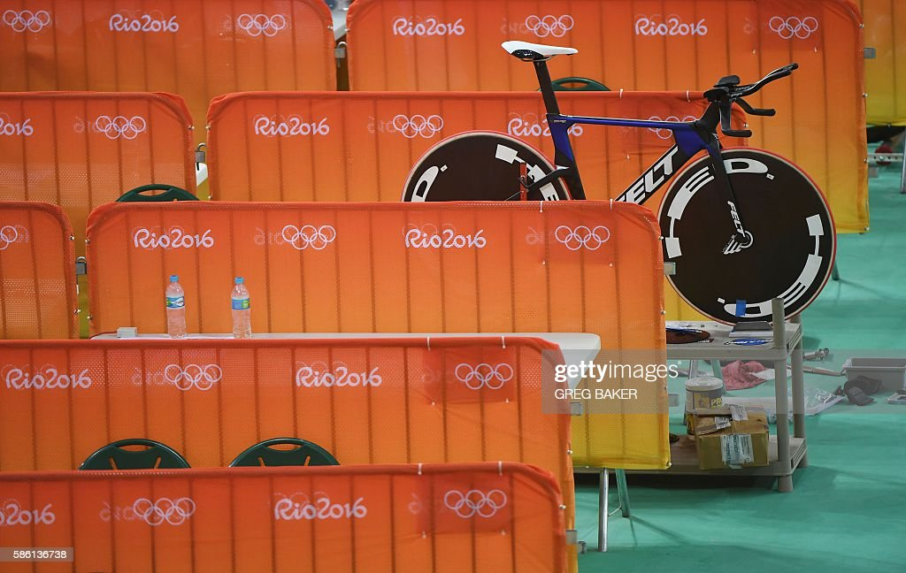 bike-belonging-to-the-us-team-sits-betwe