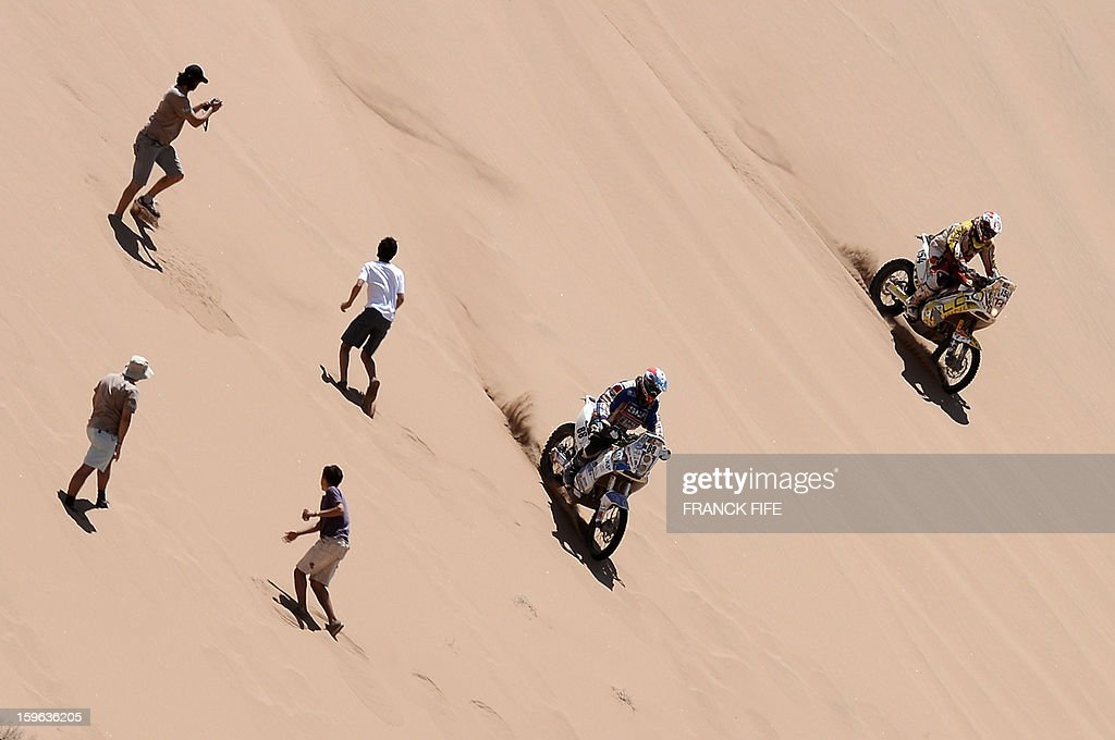 Bikers compete during the Stage 12 of the Dakar 2013 between Fiambala, Argentina and Copiapo, Chile, on January 17, 2013. The rally takes place in Peru, Argentina and Chile between January 5 and 20.