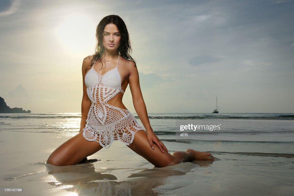 Bikini Beach Beauty at Sunrise (XXXL)