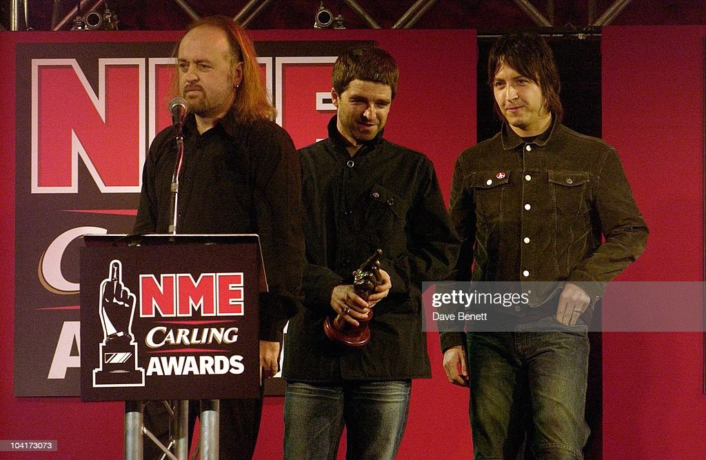 Bill Bailey With Noel Gallagher (oasis) And Band Member (best Uk Band And Artist Of The Year Voted Nme), Nme Carling Awards 2003, At Po Na Na, Hammersmith, London