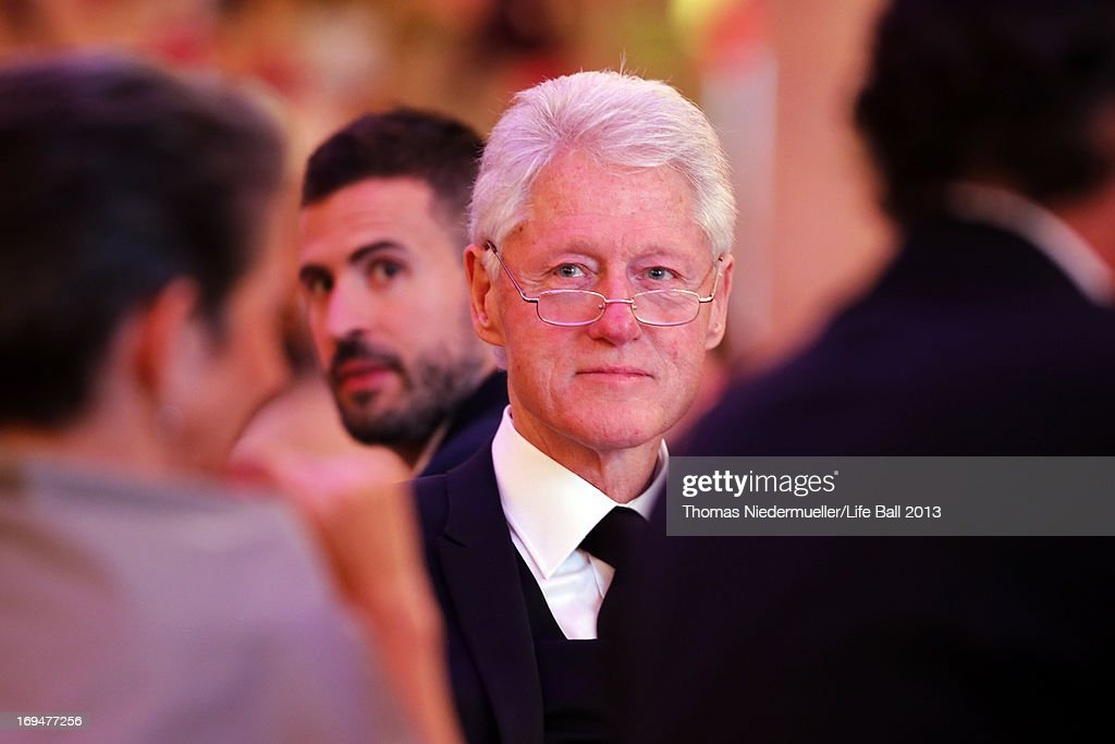 <a gi-track='captionPersonalityLinkClicked' href=/galleries/search?phrase=Bill+Clinton&family=editorial&specificpeople=67203 ng-click='$event.stopPropagation()'>Bill Clinton</a> attends the 'AIDS Solidarity Gala 2013' at Hofburg Vienna on May 25, 2013 in Vienna, Austria.