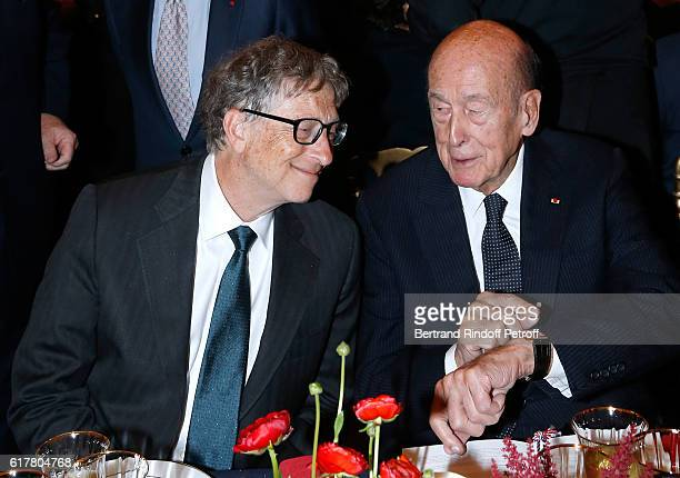 Bill Gates and Valery Giscard d'Estaing attend the FrenchAmerican Foundation Dinner Gala at Palais de Chaillot on October 24 2016 in Paris France