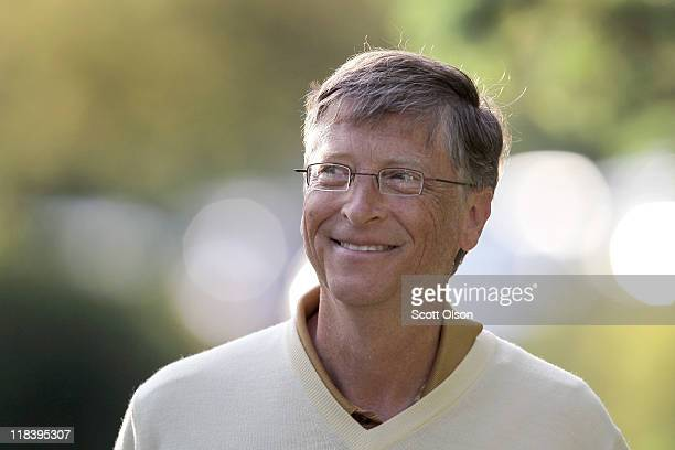 Bill Gates chairman of Microsoft attends the Allen Company Sun Valley Conference on July 7 2011 in Sun Valley Idaho The conference has been hosted...