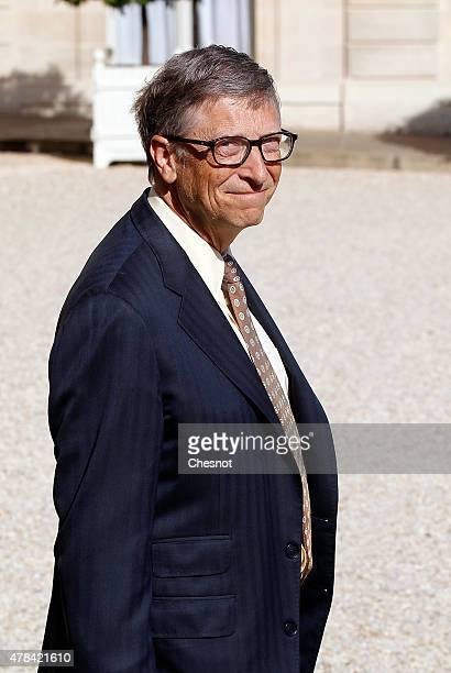 Bill Gates cofounder of Microsoft and cofounder of the Bill and Melinda Gates Foundation leaves the Elysee Palace after a meeting with French...