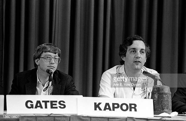 Bill Gates from Microsoft and Mitch Kapor from Lotus/Kapor Enterprises at the annual PC Forum Phoenix Arizona February 1619 1986