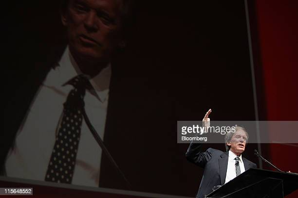 Bill Gross cochief investment officer of Pacific Investment Management Co speaks at the Morningstar Investment Conference in Chicago Illinois US on...