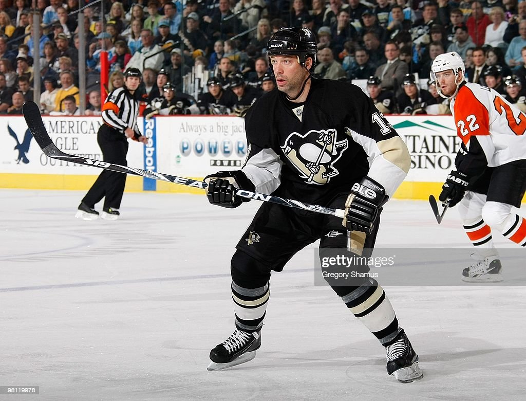 Bill Guerin of the Pittsburgh Penguins skates against the Philadelphia Flyers on March 27 2010 at Mellon Arena in Pittsburgh Pennsylvania