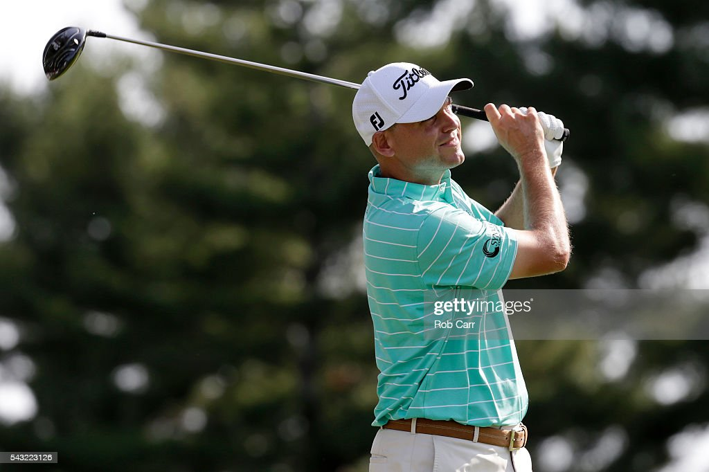<a gi-track='captionPersonalityLinkClicked' href=/galleries/search?phrase=Bill+Haas&family=editorial&specificpeople=646978 ng-click='$event.stopPropagation()'>Bill Haas</a> plays a shot from the 15th tee during the final round of the Quicken Loans National at Congressional Country Club on June 26, 2016 in Bethesda, Maryland.