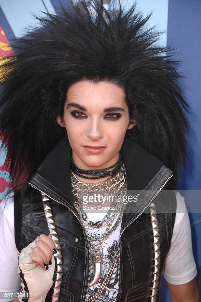 Bill Kaulitz of Tokio Hotel arrives at the 2008 MTV Video Music Awards at Paramount Pictures Studios on September 7 2008 in Los Angeles California