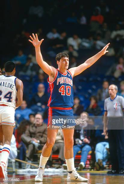 Bill Laimbeer of the Detroit Pistons in action against the Washington Bullets during an NBA basketball game circa 1985 at the Capital Centre in...